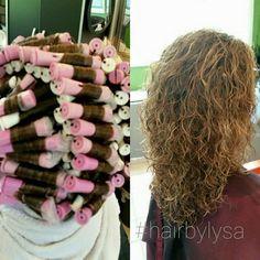 New hair grey curly perms 17 ideas Perm On Medium Hair, Medium Lenth Hair, Curled Hairstyles For Medium Hair, Wig Hairstyles, Medium Hair Styles, Curly Hair Styles, Curly Perm, Short Permed Hair, How To Curl Short Hair