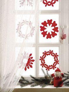 Elegant Christmas Window Décor Ideas_009