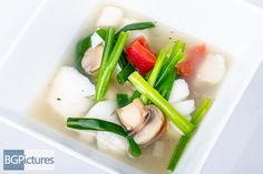HLO Healthy Eating Recipe Hot & Sour Seafood Soup