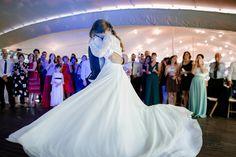 María, una preciosa muñequita con vestido de NOVELLE Wedding Dresses, Fashion, Cape Clothing, Brides, Bridal Gowns, Tulle, Brunettes, Elegant, Pictures