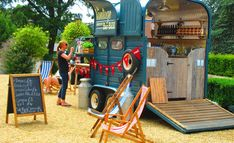 42 Incredible Mobile Trailer Bar Design Ideas For Best Bar Alternative – Smart Home and Camper Catering Van, Catering Trailer, Food Trailer, Mini Camper, Camping, Converted Horse Trailer, Horse Box Conversion, Prosecco Van, Mobile Cafe