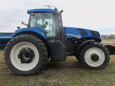 New Holland T8360