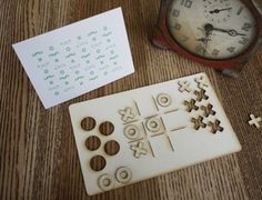 Noughts and Crosses Pop Out Card