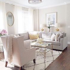 Loving this cozy, yet dressy space by @irinaoneil