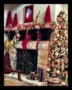 Beautiful Christmas Decorrations #ashleypatedesigns  #christmasdecor