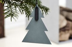 Danish christmas decor by LIND DNA, made from recycled leather, available at Luumo Design. Available in different shapes and colours Different Shapes, Different Colors, Christmas Tree Ornaments, Christmas Decorations, Danish Christmas, 3d Printed Jewelry, Green Materials, Recycled Leather, Design Strategy