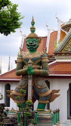 - Check more at https://www.miles-around.de/asien/thailand/sightseeing-schnellprogramm-in-bangkok/,  #Bangkok #Buddha #ChaoPhraya #Königspalast #Reisebericht #Tempel #Thailand #WatArun #WatPho #WatPhraChetuphon