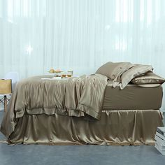Twin Bed Sets With Comforter Refferal: 8328100783 Luxury Bedding Collections, Luxury Bedding Sets, Silk Sheets, Flat Sheets, Silk Bedding, Woman Bedroom, Duvet Cover Sets, Sheet Sets, Bedroom Decor