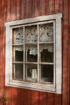 A patchwork lace curtain: - Bohemian Wornest