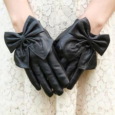 Genuine Leather Fashion Bowknot Gloves