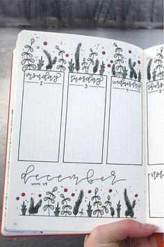 Bullet Journal Christmas, December Bullet Journal, Bullet Journal Monthly Spread, Bullet Journal Notebook, Bullet Journal Themes, Bullet Journal Inspo, Bullet Journal Layout, Making A Bullet Journal, Bellet Journal