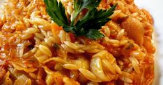 Γιουβέτσι με πράσα σκέτο γλύκισμα!!😉 Μπορώ να φάω όλο το ταψί μόνη μου άνετα! 😜 Κόβω ένα κιλό κιλό πράσα μόνο το κάτω μέρος σε ροδ... Cookbook Recipes, Cooking Recipes, Pasta Recipies, Risotto, Macaroni And Cheese, Side Dishes, Spaghetti, Healthy Eating, Vegan