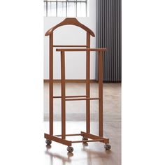 stummer diener diener schlafzimmer und herrendiener. Black Bedroom Furniture Sets. Home Design Ideas