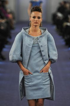 classic chanel with a twist...i adore this!