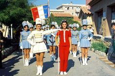 1967 : sheila et les majorettes Forever Young, Adolescence, Childhood Memories, Harajuku, Dancer, Retro, People, Inspiration, Juliette