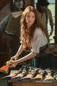 Emma Cullen - Haley Bennett in The Magnificent Seven, set in the Haley Bennett Magnificent Seven, Magnificent Seven 2016, Story Inspiration, Character Inspiration, Poses, Look Kylie Jenner, Edith Gonzalez, Looks Party, Headshot Photography