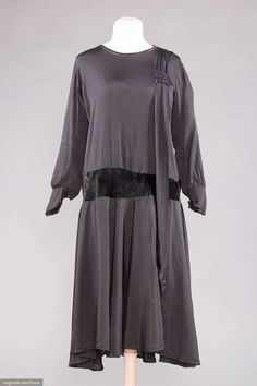 Dress, silk with velvet, 1920s