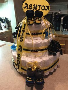 Batman diaper cake that I made for my sister's baby shower 😊
