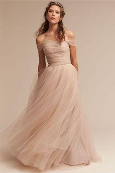 de3720062d 3394f91a37a8d38f47b11662710ea3fb.jpg (564×847) Wedding Dress Tulle