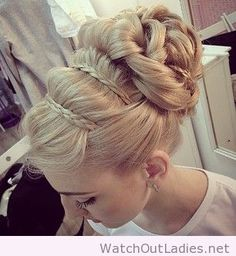 Wonderful, perfect and amazing updo idea for blonde hair