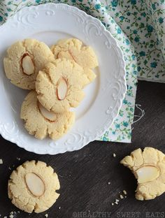 (Use coconut oil) Vanilla-Almond Shortbread Cookies - Perfect for a cookie platter, or with a cozy cup of herbal tea. (3 cookies = 1 healthy fat serving)