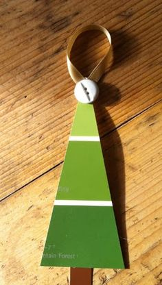 Paint Chip Christmas Tree, Holiday Gift Tag Exchange, gift tag made from paint chip sample