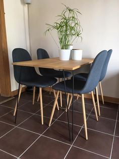 Pretty Ideas Hairpin Dining Table Dining Table With Hairpin Legs, Build Hairpin Legs Dining Table, Dining Table With Hairpin Legs, DIY Hairpin Table to eat by Hairpin Leg Dining Table, Diy Table Legs, Diy Furniture Projects, Custom Furniture, Modern Furniture, Diy Projects, Furniture Buyers, Furniture Outlet, Dining Table Lighting