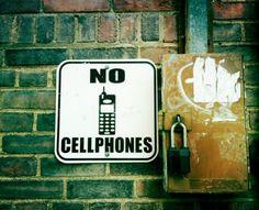 Anti-smartphone beleid - Hanteer een anti-smartphone beleid om sociale interactie tussen je gasten te motiveren. Lees er hier meer over: http://www.foodinspiration.nl/informatie/gratis-aanmelden