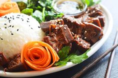 Vegan Teriyaki Jackfruit Bowl white rice, spinach, carrot