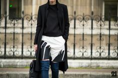 in Paris. Stylish Outfits, Fashion Outfits, Diy Fashion, Street Fashion, 2014 Trends, Altering Clothes, Street Look, Paris, Collar Shirts
