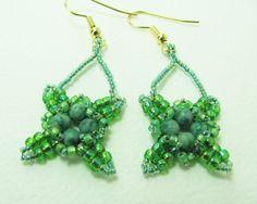 Beadwork Earrings Irish Green by BohemianIce on Etsy #jewelry #beadwork #handmade