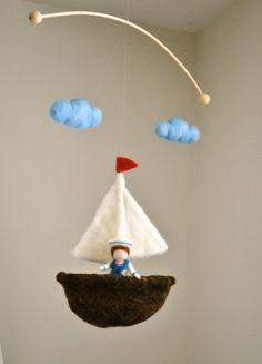 Kinder mobil Nautical Room Dekoration: Junge mit Segelboot Children mobile Nautical Room Decoration : Boy with von MagicWool Baby Crafts, Felt Crafts, Diy And Crafts, Crafts For Kids, Mobiles, Needle Felting Tutorials, Felt Mobile, Felt Fairy, Needle Felted Animals