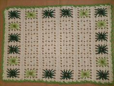 Tapete de Barbante Retangular Bordado** Tapete de Barbante Retangular Bordado** Pin It Tapete de barbante retangular na cor cru com borda. Crochet Art, Crochet Home, Filet Crochet, Crochet For Kids, Crochet Stitches, Crochet Patterns, Crochet Placemats, Square Blanket, Crochet Handbags