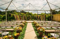 Casamento colorido no campo – Renata