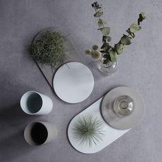Plate_R design by shiangdesign #Plate_R #shiangdesign #plates #food #kitchenware #concrete #grey #handmade #stylish #design #decoration #ceramics #tablewares #vases #modern #product #cooper #homedeco #deco