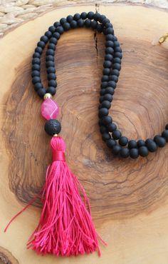 Black Beaded Tassel Necklace Long Beaded por lizaslittlethings