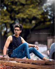 Boy Poses, Male Poses, Photo Pose For Man, Photo Shoot, Mens Photoshoot Poses, Fashion Photography Poses, Photography Tips, Background For Photography, Photography Backgrounds