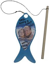 Cute father's day crafts for those who like to fish! Would be a good church craft with a Father's Day verse on it.