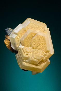 Mimetite - Mt Bonnie Mine, Grove Hill, Victoria-Daly Region, Northern Territory, Australia Size: x x cm Minerals And Gemstones, Rocks And Minerals, Natural Crystals, Stones And Crystals, Gem Stones, Beautiful Rocks, Mineral Stone, Rocks And Gems, Mellow Yellow