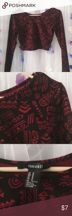 Forever 21 crop top Red Aztec design || cropped || long sleeves Forever 21 Tops Crop Tops