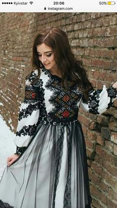 Embroidery Fashion, Embroidery Dress, Traditional Fashion, Traditional Dresses, Abaya Fashion, Fashion Dresses, Folk Fashion, Womens Fashion, Ethno Style
