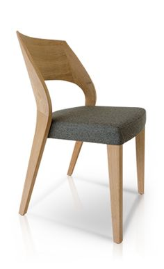 Afbeeldingsresultaat voor v-montana & stuhl Wooden Dining Table Designs, Wooden Dining Tables, Home Goods Chairs, Cool Furniture, Furniture Design, Wood Chair Design, Esstisch Design, Rustic Chair, Cool Chairs