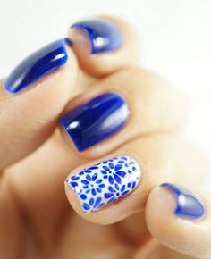 new-and-latest-nail-art-designs,-ideas-&-trends-for-girls-prety-Porcelain