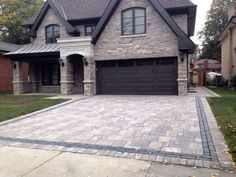 Beautiful front driveway and stairs done in interlocking stone by interlocklandscaping designs interlock paving driveways ottawa kijiji solutioingenieria Gallery