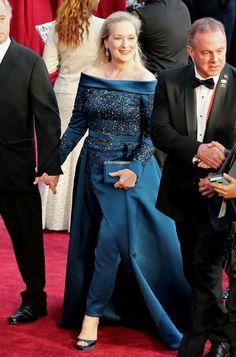 Depois da correria da live em pleno Carnaval, vamos analisar outros looks que atravessaram o tapete vermelho e merecem o destaque. Ainda nessa madrugada volto com os looks para votarmos e amanhã com nossa seleção de maquiagens! Partiu?! Começando com a rainha, Meryl Streep! Essa semana a atriz foi envolvida numa polêmica com Chanel, na […]