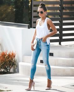 High + Mighty Distressed High Rise Skinny – VICI 40s Outfits, Mode Outfits, Summer Outfits, Casual Outfits, Fashion Outfits, Girly Outfits, Vegas Outfits, Woman Outfits, Club Outfits