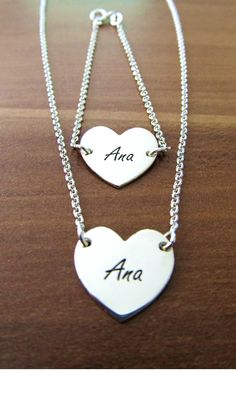 Verižica in zapestnica z imenom Ana