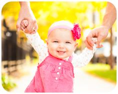 6 month old Baby poses for pictures | Anyhow, this time Will and Anna joined in more photos with Emery ...
