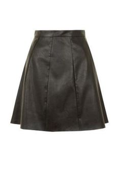 A short leather skirt perfect for party nights! Occasion Wear, Special Occasion Dresses, Color Blocking, Colour Block, Race Day, Fashion Boutique, Skater Skirt, Party Dress, Lady