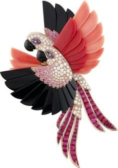 "Van Cleef & Arpels presents its new High Jewellery collection ""L'Arche de Noé racontée par Van Cleef & Arpels""."